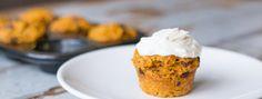 Gezonde Carrot Cake Cupcakes met griekse yoghurt topping | Rosalie Ruardy