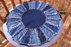 Sew Much And More: Denim Dresden - make seat cushion sized