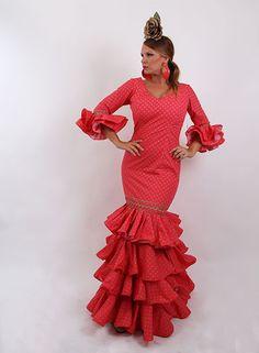 Trajes de flamenca en oferta desde 99 €. #trajesdeflamenca #modaflamenca2015 #modaflamenca #elrocio