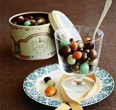 [カカオマーケットbyマリベル] チョコボール缶 グルメ・ギフトをお取り寄せ【婦人画報のおかいもの】