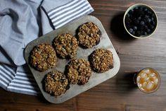 back to school breakfast - oatmeal flax yogurt blender muffins — Crunchy Radish