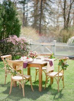 Outdoor mother's day brunch decor ideas -barnandwillow.com