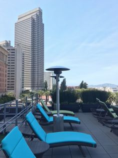 Hotel Vitale is a dreamy staycation destination on the San Francisco waterfront. San Francisco Vacation, Outdoor Furniture Sets, Outdoor Decor, Staycation, Sun Lounger, Spa, California, Luxury, Chaise Longue