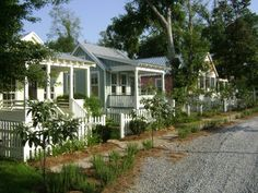 Katrina cottages, Ocean Springs, MS