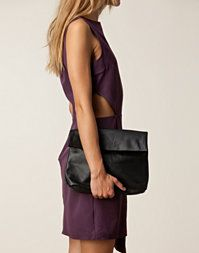 5 inch and up for nelly - Ilja Leather Clutch #Nellycom #5inchandup