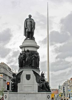 O'Connell Monument on O'Connell Street in Dublin