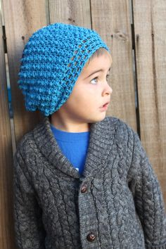 @shunnex000 - The pattern makes ZERO sense to me, does this seem like something that would be easy for you? I would of course pay you and buy all the yarn in the colors I need. Maybe you could show me how to make one?