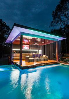 Barzinho na piscina www.arquiteturainteriores.com
