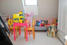 Kids room - Play table and nook - Mor til Mernee