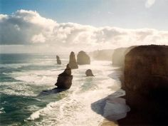 The Great Ocean Road is one of the most scenic roads in Australia. The beautiful surf beaches and natural rock formations are the main attractions along the Great Ocean Road. Top Place, What A Wonderful World, Wonders Of The World, Places To See, Mount Rushmore, Melbourne, Surfing, Scenery, Ocean