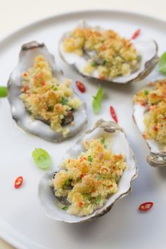 Fish Recipes, Uk Recipes, Oyster Recipes, Fish And Seafood, Oysters, Guacamole, Spicy, Breakfast, Ethnic Recipes