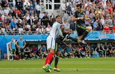 Gareth Bale header