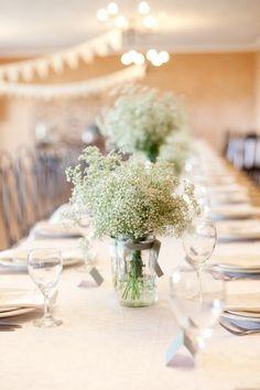 baby's breath mason jar wedding reception table
