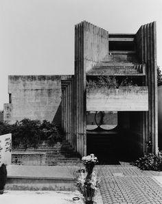 Carlo Scarpa. Tomba Brion Cemetery. near Treviso, Italy. San Vito d'Altivole, 1969-78