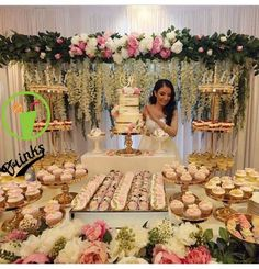 Pin by Rose Marie Negron on Dream Wedding in 2019 Quinceanera Cakes, Quinceanera Decorations, Bridal Shower Decorations, Wedding Decorations, Dessert Bar Wedding, Wedding Desserts, Elegant Dessert Table, Wedding Candy Table, Dessert Buffet