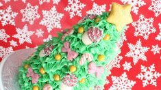 Easy 3D Christmas Tree Cake with Cookie Decorations ~ Montreal Confections