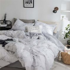 21 Practical Things That Are So Pretty You'll Probably Have Dreams About Them - Bed and Bedcover Bedroom Decor For Couples, Room Ideas Bedroom, Bedroom Sets, Bedrooms, Marble Bedding, Marble Bed Sheets, Marble Duvet Cover, Bed Comforter Sets, Teen Bed Comforters