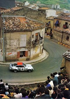 The Kinnunen/Haldi Porsche Carrera 911 RSR, Targa Florio They finished third. Porsche 911 Rsr, Porsche Carrera, Porsche Classic, Sports Car Racing, Race Cars, Le Mans, Martini Racing, Ferdinand Porsche, Vintage Race Car