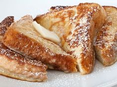 Country French Toast - Country Recipe Book Classic French Toast Recipe You Can Try With The Kids. Have Lots of Fun Making Delicious French Toast.Classic French Toast Recipe You Can Try With The Kids. Have Lots of Fun Making Delicious French Toast. Fluffy French Toast, Perfect French Toast, French Toast Batter, Brunch Casserole, French Toast Casserole, Casserole Recipes, Brunch Dessert Recipe, Dessert Recipes, Perfect Food