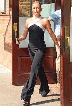 Trending Fashion Style: Jumpsuit. - Kate Hudson in Roland Mouret Resort 2015 white halter-neckskeeveless black jumpsuitat 'The Tonight Show starring Jimmy Fallon'.