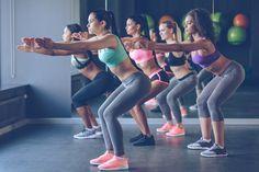 Heti 2 centit farag a combjaidból, ha naponta megcsinálod - Szuper 15 perces… 10 Minute Workout, Pilates Workout, Gym Workouts, Tabata, Wellness Fitness, Health Fitness, Gluteal Muscles, Gluteus Medius, Gym Membership