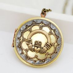 locket to put on the front of my bouquet to incorporate Irish culture into my ceremony!