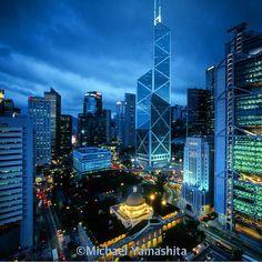 Photograph by Michael Yamashita @yamashitaphoto. Classic view of Hong Kong central from Mandarin Hotel. #hongkong #moonfestival @thephotosociety @natgeocreative (by natgeo)
