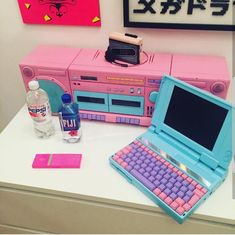 Aesthetic Objects, 80s Aesthetic, Aesthetic Room Decor, Aesthetic Vintage, Vaporwave Fashion, Vaporwave Art, Kawaii Room, Game Room Design, Gamer Room