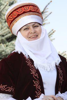 Elechek is a traditional women's headdress worn by married and elderly Kyrgyz women.