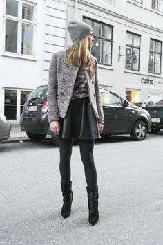 PLEATED SKIRT AND DOUBLE BREASTED JACKET From Stylejunkie.dk