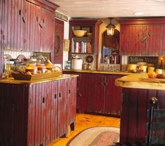 Distressed #red #kitchen cabinets OH, be still my heart!  I LOVE THESE!