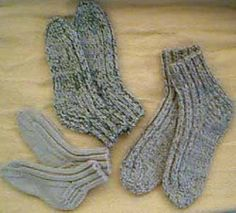 This pattern worked with two strands double knit(Sport for USofA). makes a great quick or last minute gift for ladies.Make a few in different colors,great for putting on when in from the cold & snuggle down to relax after a cold day of play.....