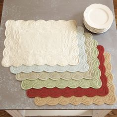 Set of 4 Marseille Quilted Rectangle Placemats