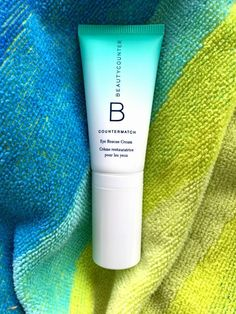 Summer skin care tips for dry skin around your eyes: CounterMatch Eye Rescue Cream by Beautycounter to the rescue :) Lotion For Dry Skin, Cream For Dry Skin, Skin Cream, Dry Skin Around Eyes, Summer Skin Care Tips, Best Lotion, Eye Wrinkle, Oils For Skin, Skin Treatments