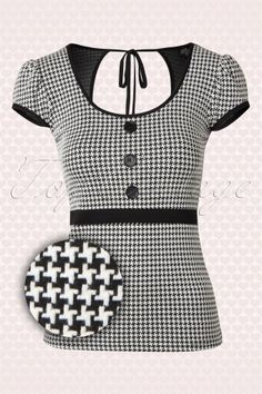 60s Pia Pixelated Houndstooth Top in Black and White http://topvintage.be/nl/vintage-retro/60s-pia-pixelated-houndstooth-top-in-black-and-white