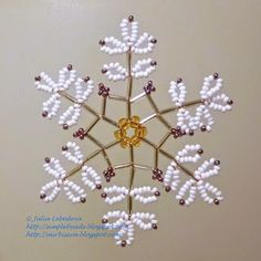 Beading for beginners: snowflake of beads and bugles