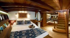 Silolona Sojourns : Luxury Cruises, Private Yacht Charter in South East Asia > Gallery > MSV Si Datu Bua