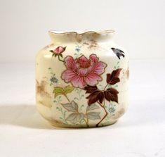 ROYAL WORCESTER Blush Ivory Porcelain Vase ca. 1900 by KatsCache, $64.95