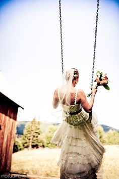 how about a #bride on a swing? i love it SO much when my brides love to play and have fun in their #WeddingDress! <3 #mthoodwedding Mt Hood Wedding