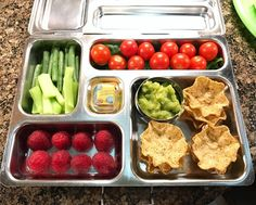 My daughter's @planetbox lunch for Tuesday is guacamole with multi-grain chips, tomatoes and baby spinach, celery and French green beans, and raspberries. Happy packing! #lunch #bento #bentobox #organic #organicfood #healthy #healthyfood #healthykids #healthylife #healthyeating #Healthyfamily #instafood #instagood #eatyourveggies #eattherainbow #cleaneats #cleaneating #healthychoices #picoftheday #foodie #eeeeeats #feedfeed #yum #healthymeals #kidslunch #momlife #planetbox #kidsnutrition…