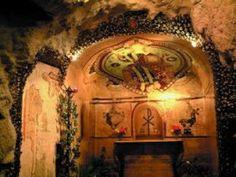 Elhallgatott Krisztus előtti tény, kereszt-ény Köristenség | Nemzeti InternetFigyelő (NIF) History, Antiques, Painting, Home Decor, Art, Crowns, Antiquities, Art Background, Historia