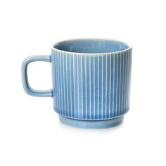 Tea time takes a retro twist with the Ocha collection of ceramics in fresh colours and contemporary patterns Green Cushions, Tea Time, Ceramics, Mugs, Kitchen Stuff, Retro, Tableware, How To Make, Middle