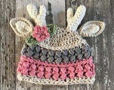 Handmade crochet and sewn items. Crochet Deer, Crochet Baby Beanie, Crochet Kids Hats, Cute Crochet, Crochet Crafts, Yarn Crafts, Crochet Projects, Crocheted Hats, Christmas Crochet Patterns