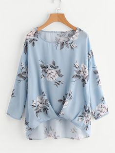 SheIn offers Box Pleated Gathered Hem Flower Print Top & more to fit your fashionable needs. Floral Tops, Floral Blouse, Tunic Blouse, Top Chic, Fashion Pants, Fashion Outfits, Fashion Shirts, Fashion Blouses, Nice Dresses