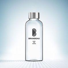 www.brandeau.ch I Die 600ml Brandeau Take Away Flasche ist da. 90 Gramm leicht, aus BPA-freiem Tritan, Bruch- und Auslaufsicher, mit Edelstahlverschluss. Jetzt bestellen im Brandeau-Shop.  •••  #brandeaubottles #wasser #water #wasserflasche #wassertrinken #wassergenuss #hahnenwasser #stilleswasser #flasche #schweizerwasser #tapbottle #tapwater #trinkflasche #takeawaybottle #togobottle #togo #takeaway #bpafree #tritanbottle #tritanflasche #bpafreebottle Vodka Bottle, Water Bottle, To Go, Shops, Gramm, Bottle Design, Pure Products, Drinks, Water Flask
