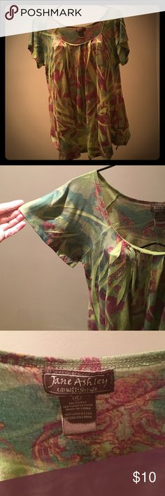 💞Jane Ashley Top💞 This top is in wonderful condition and very comfy! Jane Ashley Tops Blouses