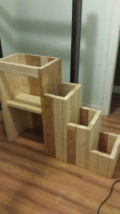 Steps to the bunkbed Bunk Beds, Shelves, Home Decor, Shelving, Homemade Home Decor, Loft Beds, Trundle Bunk Beds, Shelf, Open Shelving
