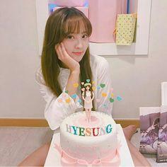 Jung Hye Sung, Singing, Cake, Kuchen, Torte, Cookies, Cheeseburger Paradise Pie, Tart, Pastries