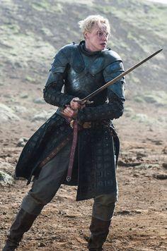 Game of Thrones - Season 4 Episode 10 Still Brienne of Tarth Game Of Thrones Brienne, Brienne Of Tarth, Lady Brienne, Game Of Thrones Series, Game Of Thrones Tv, Valar Dohaeris, Valar Morghulis, Winter Is Here, Winter Is Coming