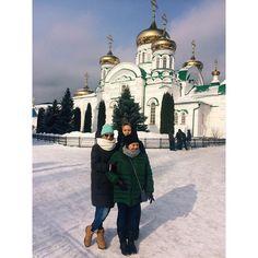 Гуляем! У нас всю зиму пропустили за работой, а тут нагоняем - лёгкий морозец, снег, солнце! С горки тоже скатились!😜 #LeoFisher_OnTour #казань #vscorussia #vscocam #МыЛюбимКазань #Красота #ЗимаЗима